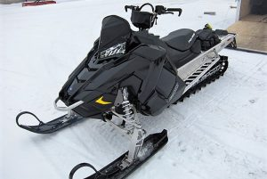 2018-polaris-800-axys-rmk-155-black-1