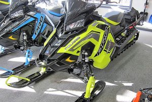 2019-polaris-800-rmk-155-black-lime-1