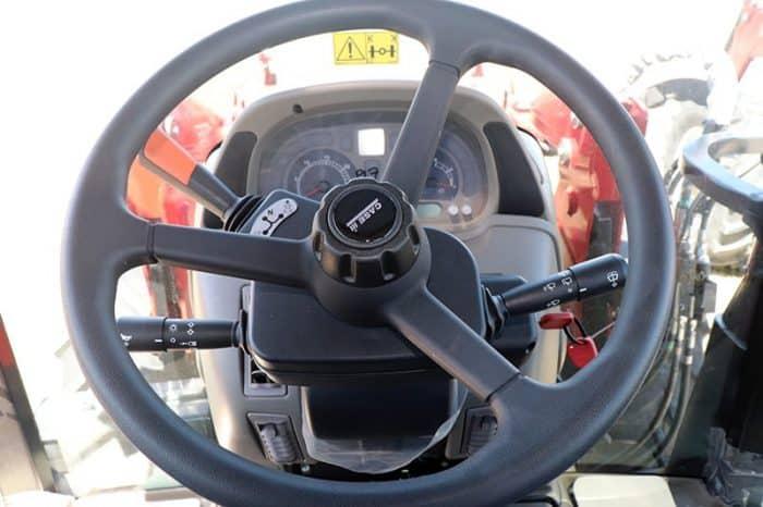 case-ih-maxxum-125-tractor-image5