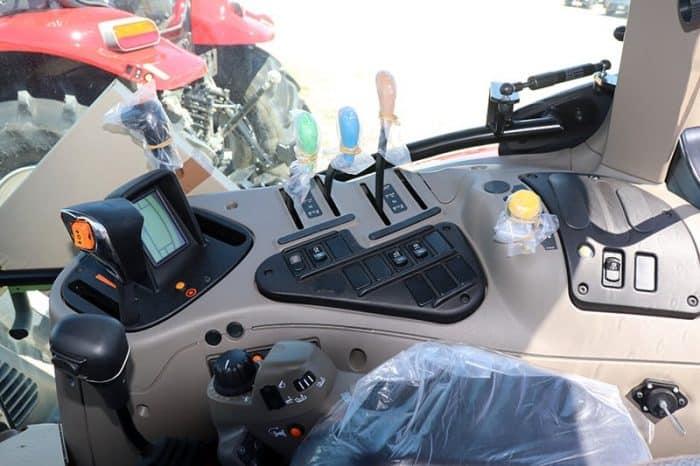 case-ih-maxxum-125-tractor-image7